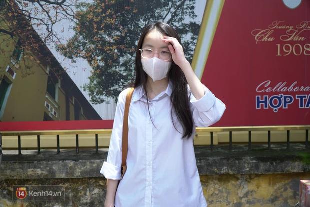 8.000 thí sinh thi vào các trường chuyên hot nhất Hà Nội: Đề siêu hay và khó-5