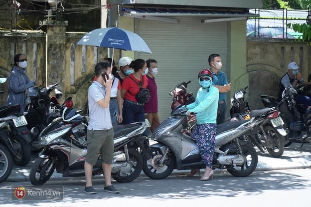 8.000 thí sinh thi vào các trường chuyên hot nhất Hà Nội: Đề siêu hay và khó-9