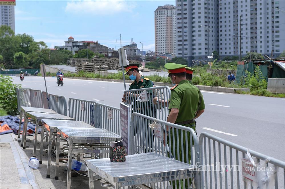 Bệnh viện K cơ sở Tân Triều dỡ phong tỏa sau 37 ngày-10