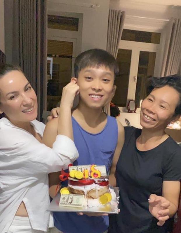 Bố mẹ Hồ Văn Cường, Phi Nhung và quản lý lần lượt bị soi: 101 điểm mâu thuẫn trong phát ngôn  mà ít ai để ý?-12