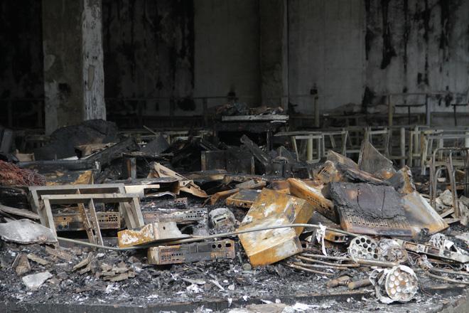 Vụ cháy 6 người tử vong ở Nghệ An: Cả gia đình hiền lành lắm, không chê được điểm gì-5