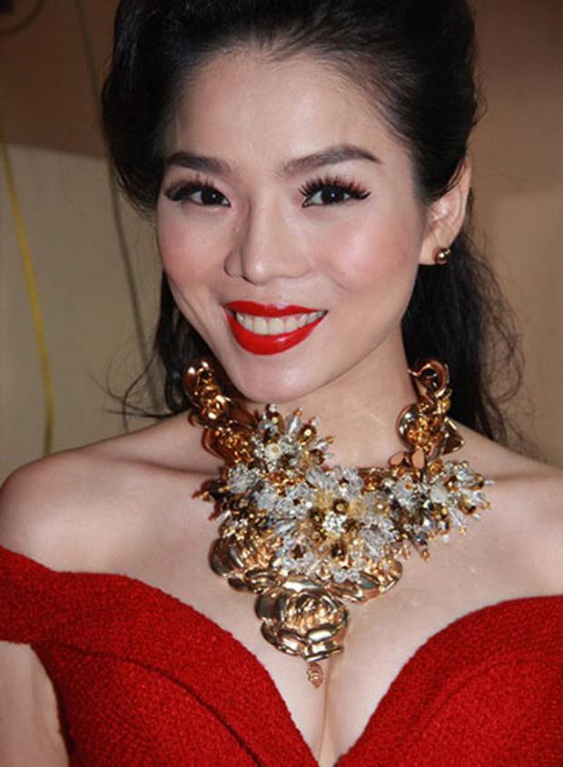 Thi thoảng nhìn lại ảnh cũ của sao Việt mà giật mình: Quá trời mỹ nhân makeup sợ phát khiếp-1