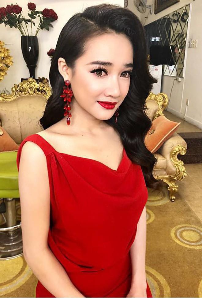 Thi thoảng nhìn lại ảnh cũ của sao Việt mà giật mình: Quá trời mỹ nhân makeup sợ phát khiếp-4