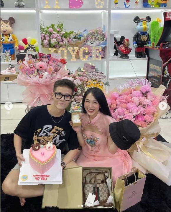 Ái nữ của đại gia Minh Nhựa đón sinh nhật tại nhà, được tặng nhẫn kim cương, đồ hàng hiệu-2