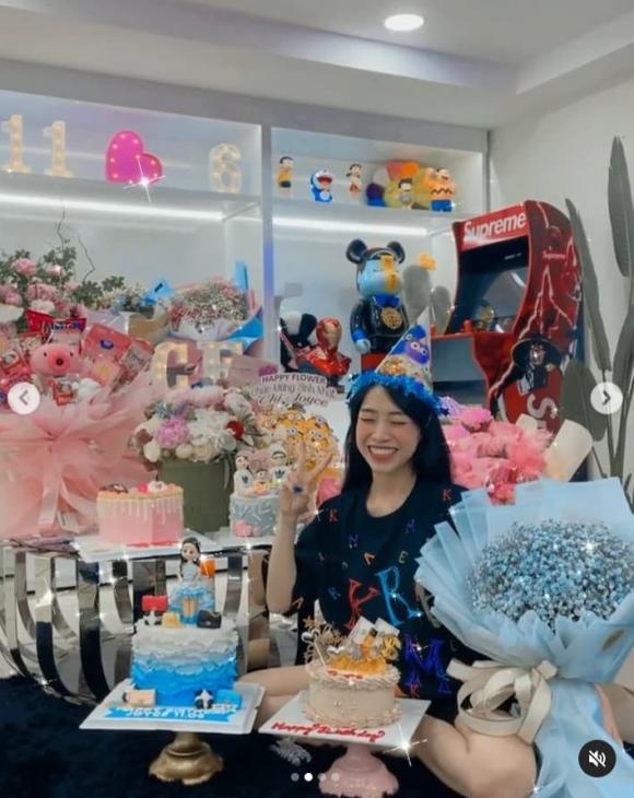 Ái nữ của đại gia Minh Nhựa đón sinh nhật tại nhà, được tặng nhẫn kim cương, đồ hàng hiệu-5