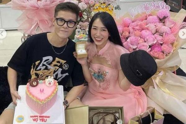 Ái nữ của đại gia Minh Nhựa đón sinh nhật tại nhà, được tặng nhẫn kim cương, đồ hàng hiệu