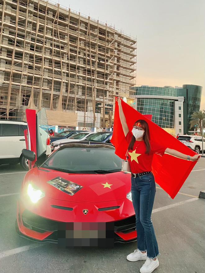 Cô gái tiết lộ chuyện mua vé thần tốc để vào sân xem Việt Nam - UAE: Giá vé khiến nhiều người bất ngờ-3