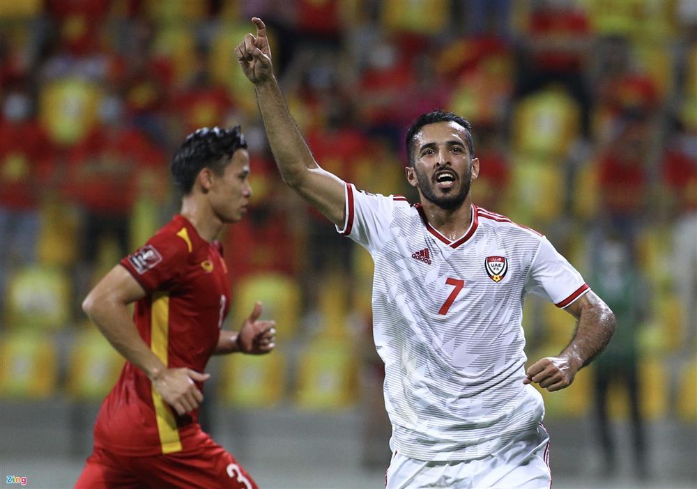 Lý giải thất bại của tuyển Việt Nam trước UAE-2