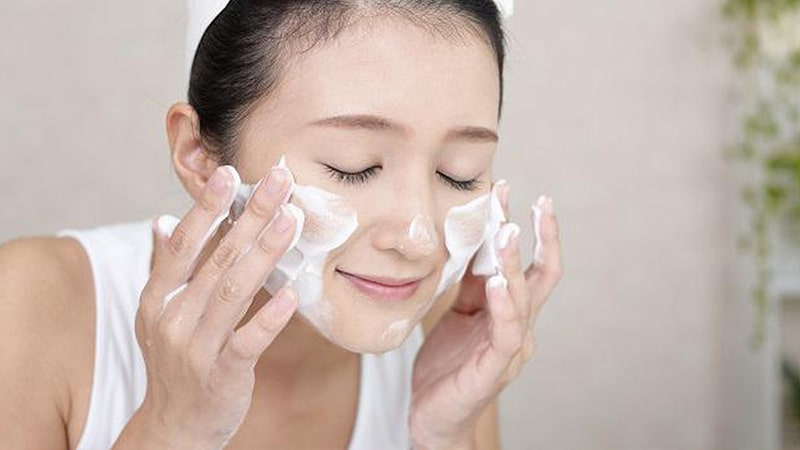 Nếu bạn cứ làm 4 bước skin care này thì lỗ chân lông trên da sẽ ngày càng to ngoác-3