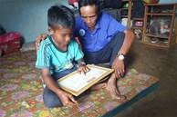 Cậu học trò nghèo bị 'giam' học bạ: Trưởng phòng Giáo dục lên tiếng