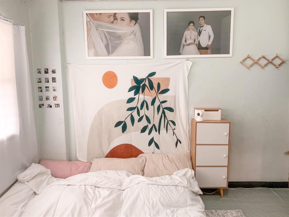 Vợ chồng mới cưới thuê nhà cũ kỹ và pha cải tạo thành không gian tối giản đầy ngoạn mục-1