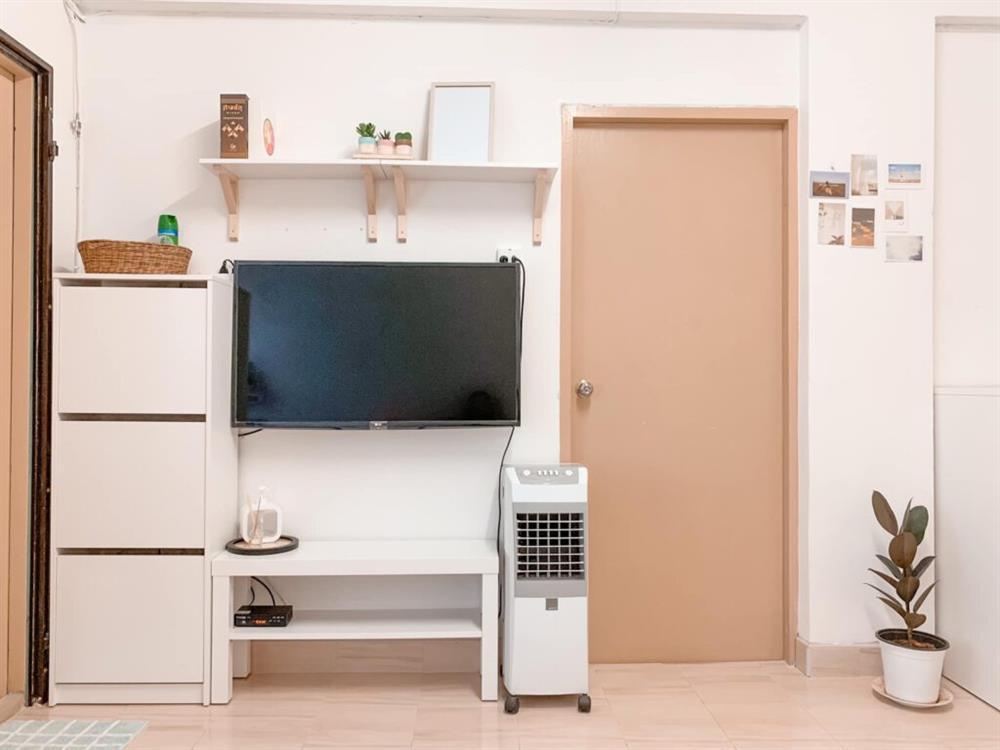 Vợ chồng mới cưới thuê nhà cũ kỹ và pha cải tạo thành không gian tối giản đầy ngoạn mục-5