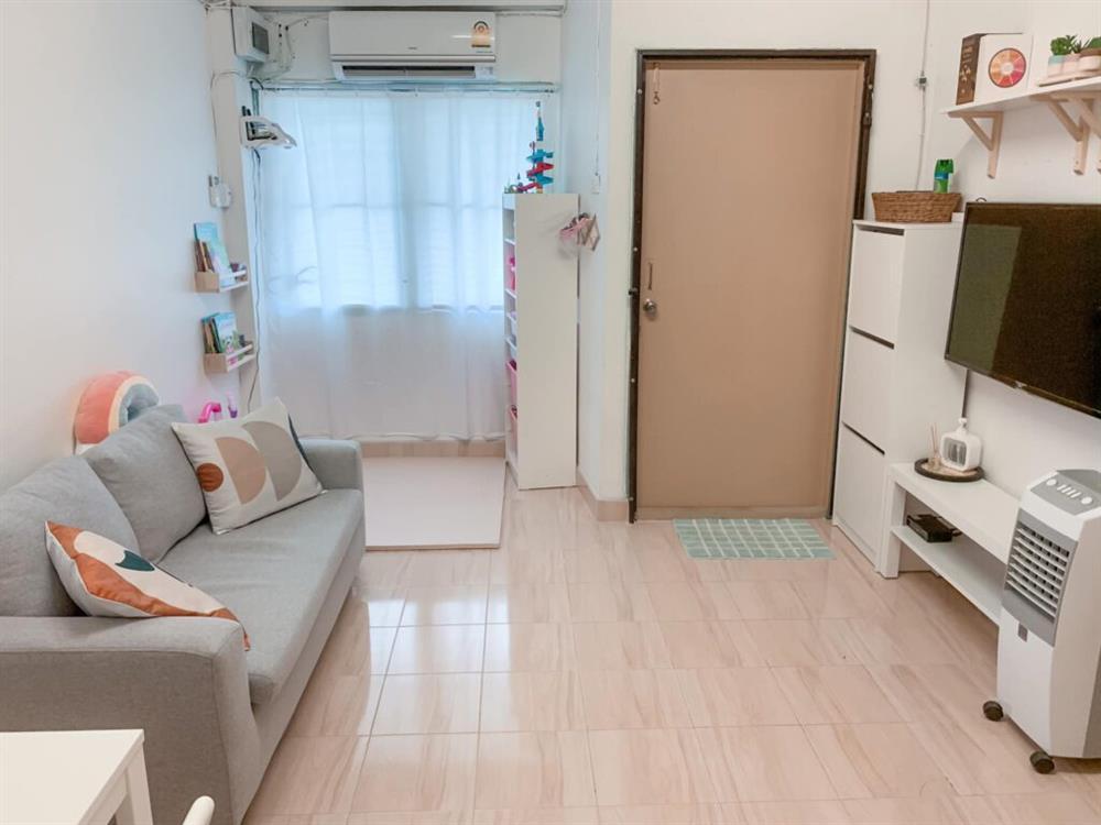 Vợ chồng mới cưới thuê nhà cũ kỹ và pha cải tạo thành không gian tối giản đầy ngoạn mục-9