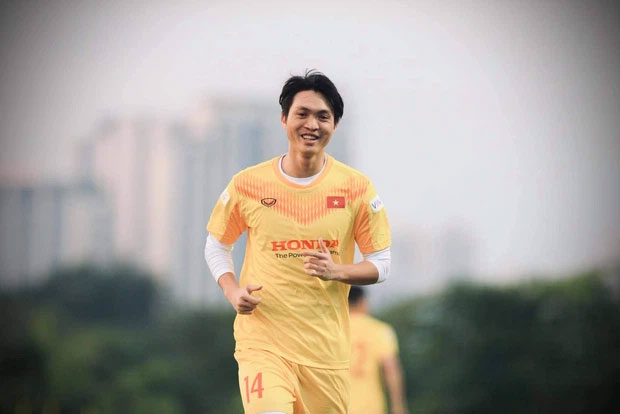 Dàn nam thần ĐT Việt Nam: Giỏi đá bóng, có khiếu kinh doanh, biết nấu ăn và quan trọng là độc thân!-16