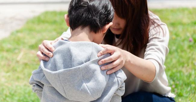 Chỉ một câu động viên đơn giản cũng có thể gây tổn hại đến tương lai của trẻ, nhiều bố mẹ thường xuyên nói mà không nghĩ đến hậu quả khôn lường-1