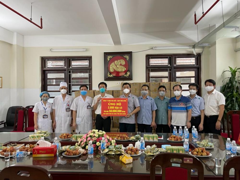 Mr Đàm lần đầu lên tiếng về lùm xùm từ thiện của Hoài Linh: Anh ấy có cách giải quyết riêng, mong mọi người bao dung hơn-2
