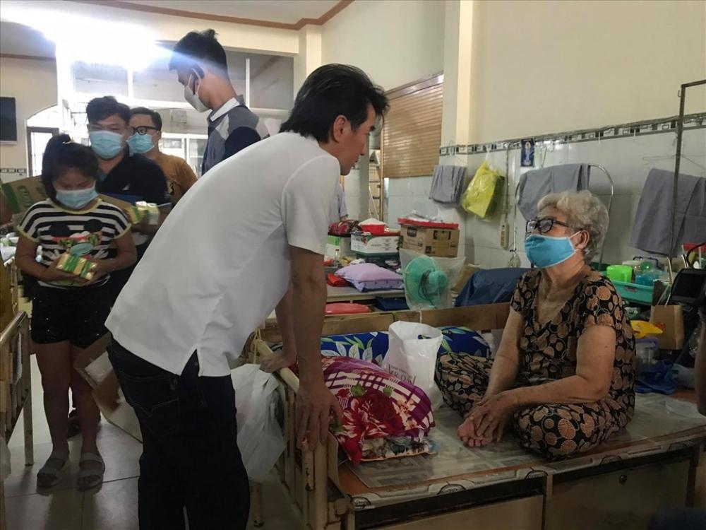 Mr Đàm lần đầu lên tiếng về lùm xùm từ thiện của Hoài Linh: Anh ấy có cách giải quyết riêng, mong mọi người bao dung hơn-3
