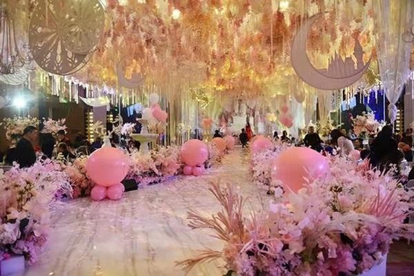 Trào lưu tổ chức sinh nhật tuổi 12 xa xỉ như đám cưới ở Trung Quốc: Món quà sĩ diện của bố mẹ, lời nguyền cho tâm hồn trẻ thơ-3