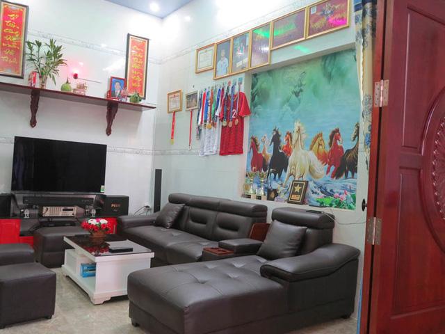 Nhà vườn tiền tỉ 300m2 của gia đình cầu thủ Nguyễn Tiến Linh: Mặt tiền là quán cà phê sức chứa trăm người, từng vui như hội mỗi lần bóng lăn-7