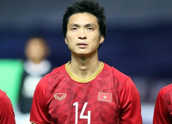 Đội tuyển Việt Nam có 1 cầu thủ siêu ngầu: Học giỏi Toán - Hóa - Sinh, tiếng Anh bắn như gió-1