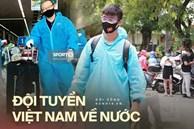 """Toàn cảnh đội tuyển Việt Nam về đến Sài Gòn: Thầy Park và dàn cầu thủ quá dễ thương còn hàng xóm bật mode """"hóng"""" nhiệt tình"""