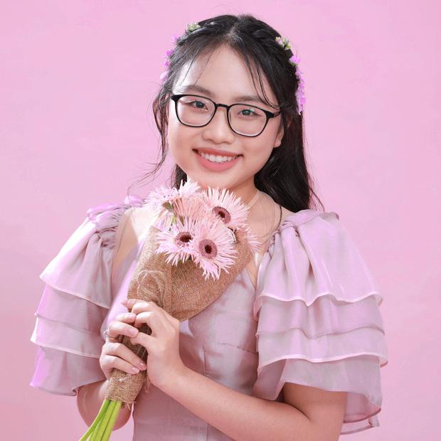 Phương Mỹ Chi: Cô bé sống ở nhà cấp 4 cùng gia đình 14 người, hát đám ma giá 100 nghìn đến sao nhí đổi đời sau giải tiền tỷ-1