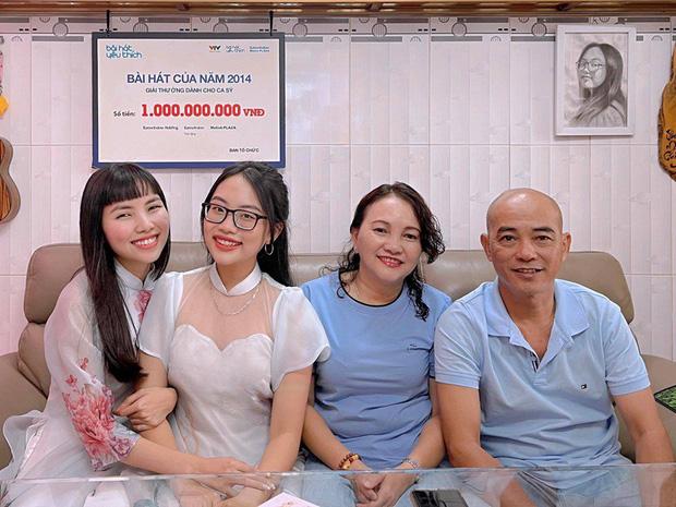 Phương Mỹ Chi: Cô bé sống ở nhà cấp 4 cùng gia đình 14 người, hát đám ma giá 100 nghìn đến sao nhí đổi đời sau giải tiền tỷ-6