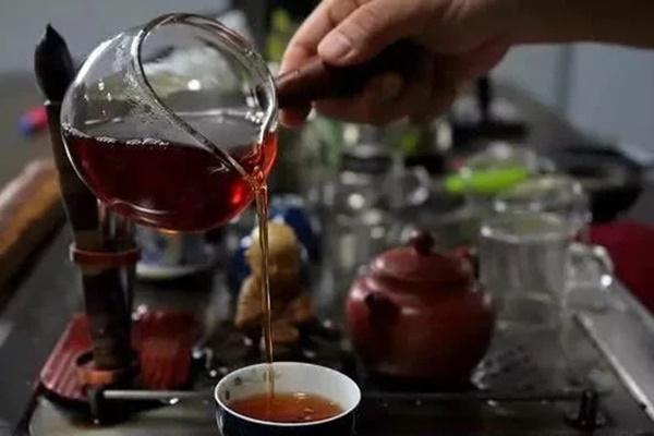 Người Nhật sống lâu nhờ uống trà nhưng có 3 thói quen uống trà không những không có lợi cho sức khỏe mà còn hại thận, nên tránh xa-1