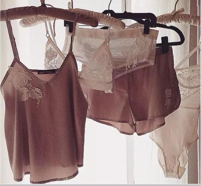 Mùa hè quần áo phơi khô như này chẳng mấy mà hỏng, nếu biết cách thì ngay cả thợ giặt là chuyên nghiệp cũng phải khâm phục-3