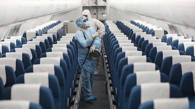 Hà Nội thông báo khẩn: Tìm người trên chuyến bay từ TP.HCM về Hà Nội ngày 14/6 liên quan đến ca dương tính SARS-CoV-2-1
