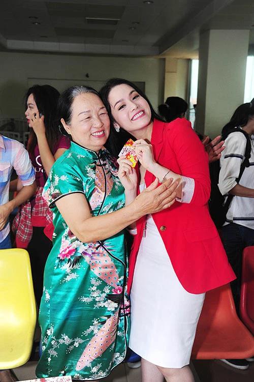 Nhật Kim Anh giải thích lý do không lên tiếng vạch mặt Võ Hoàng Yên dù từng đưa mẹ tới khám-4