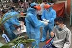 TP.HCM: UBND Quận 7 tạm dừng mọi hoạt động vì nữ nhân viên và 6 người trong gia đình dương tính SARS-CoV-2