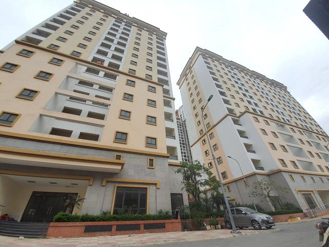 Hy hữu nhiều chung cư lớn giữa trung tâm Hà Nội bỏ hoang không người ở-4