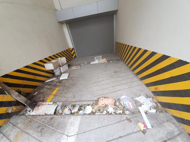 Hy hữu nhiều chung cư lớn giữa trung tâm Hà Nội bỏ hoang không người ở-6