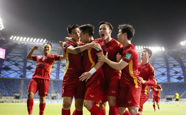 Vì sao đội tuyển bóng đá Việt Nam chỉ phải cách ly 7 ngày để phòng Covid-19?-1