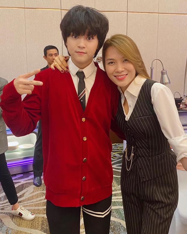 Cuộc sống đối lập của 2 Quán quân Vietnam Idol Kids: Hồ Văn Cường khó khăn thiếu thốn, Thiên Khôi tự chủ tài chính ở tuổi 16-12