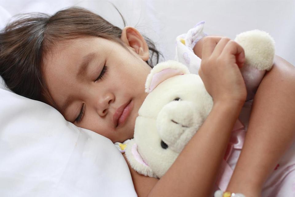 Gào thét bắt con dậy sớm là đang hại con: Hãy áp dụng ngay cách này vừa đơn giản, vừa giúp trẻ có một ngày đầy năng lượng-2