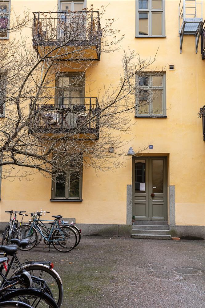 Sau nhiều năm tiết kiệm, cô gái trẻ đã mua được căn hộ 39m² và cải tạo thành không gian đẹp ngọt ngào-1