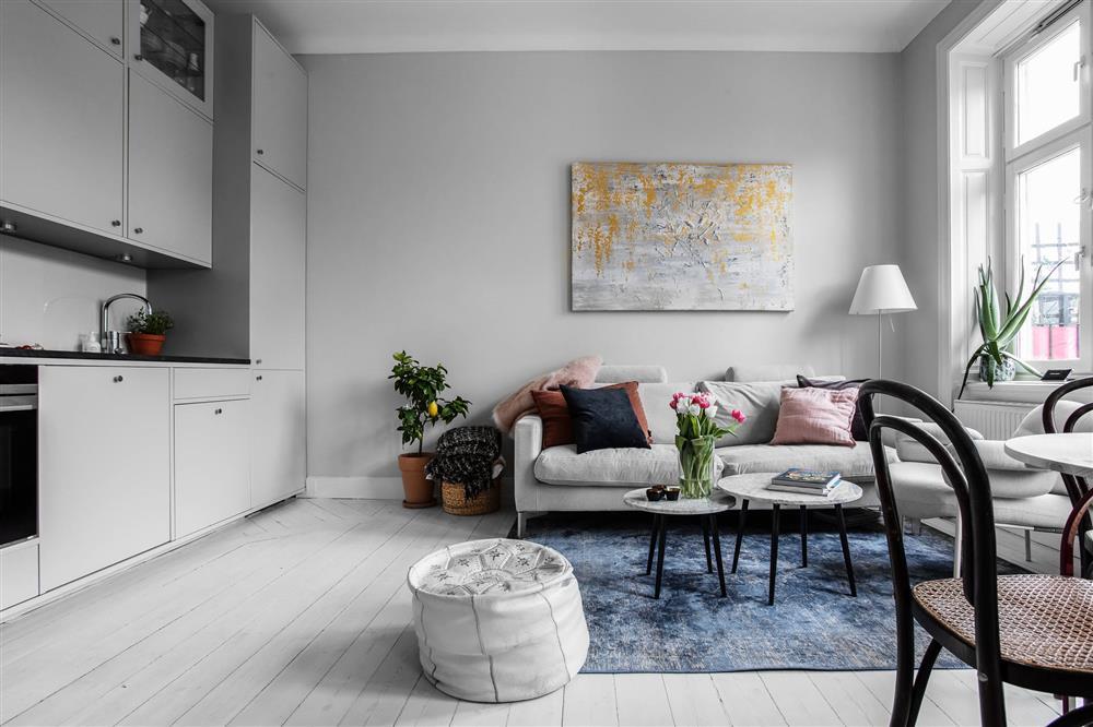 Sau nhiều năm tiết kiệm, cô gái trẻ đã mua được căn hộ 39m² và cải tạo thành không gian đẹp ngọt ngào-4