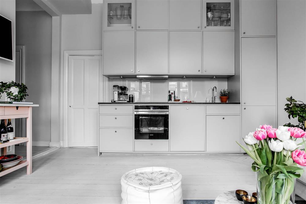 Sau nhiều năm tiết kiệm, cô gái trẻ đã mua được căn hộ 39m² và cải tạo thành không gian đẹp ngọt ngào-6
