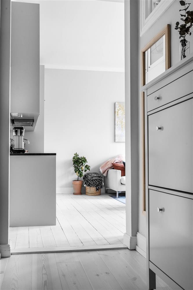 Sau nhiều năm tiết kiệm, cô gái trẻ đã mua được căn hộ 39m² và cải tạo thành không gian đẹp ngọt ngào-9