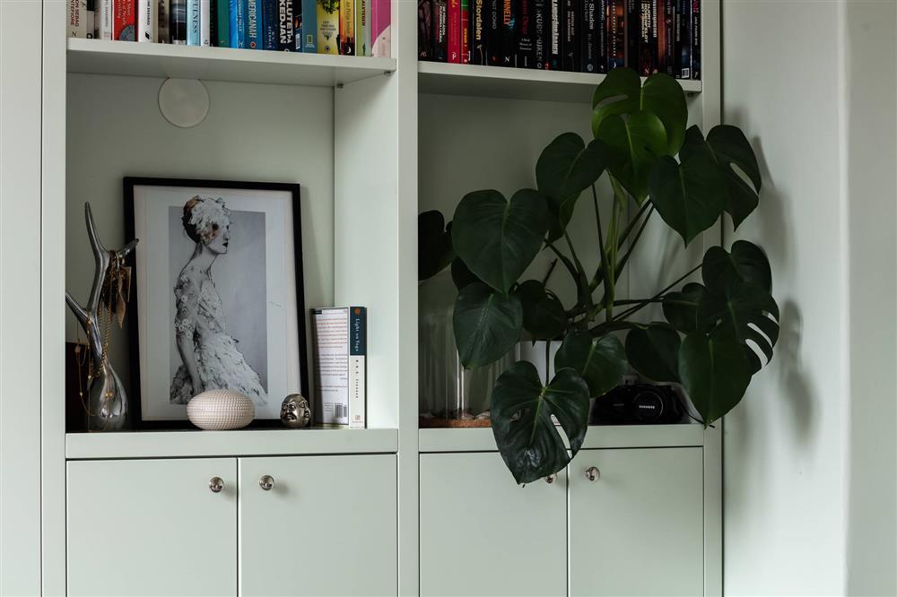 Sau nhiều năm tiết kiệm, cô gái trẻ đã mua được căn hộ 39m² và cải tạo thành không gian đẹp ngọt ngào-12