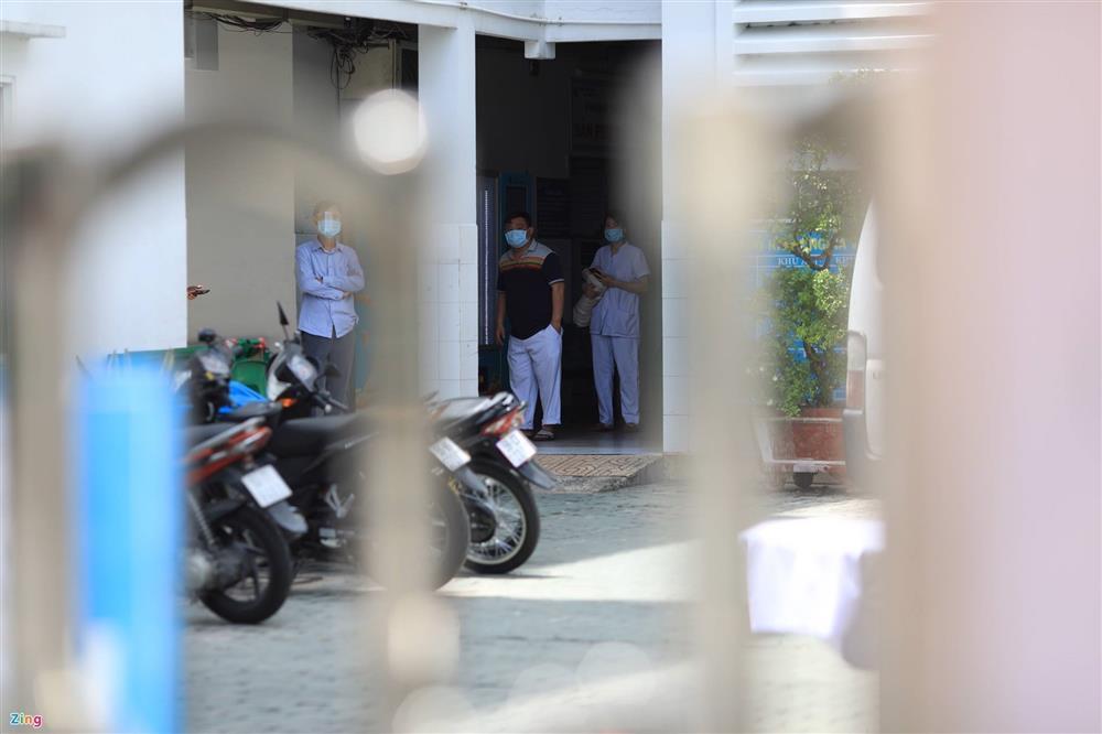 Phong tỏa khẩn Bệnh viện quận 4-3