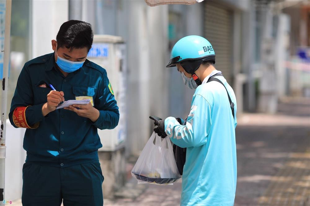 Phong tỏa khẩn Bệnh viện quận 4-4
