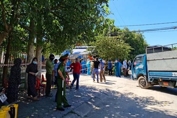 Nghệ An: Tài xế xe tải nhiễm Covid-19 sau khi ra Bắc Giang mua vải của người mắc bệnh
