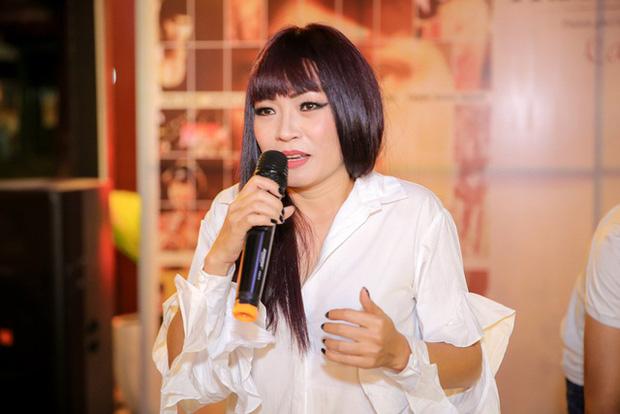 """5 lần 7 lượt phủ nhận cuối cùng Phương Thanh cũng thừa nhận có tồn tại nhóm chat Nghệ sĩ Việt""""?-5"""