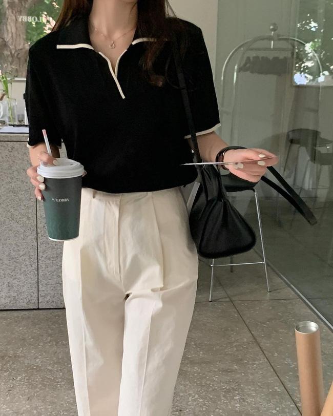 Hè diện quần trắng cho mát nhưng để sành điệu không chê được điểm nào, bạn nên ghim 12 cách mặc của gái Hàn-7