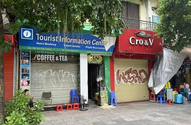 """Loạt phố ẩm thực xuyên đêm"""" ở Hà Nội lao đao vì dịch, tiểu thương bỏ quán về quê-4"""