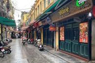 """Loạt phố ẩm thực """"xuyên đêm"""" ở Hà Nội lao đao vì dịch, tiểu thương bỏ quán về quê"""