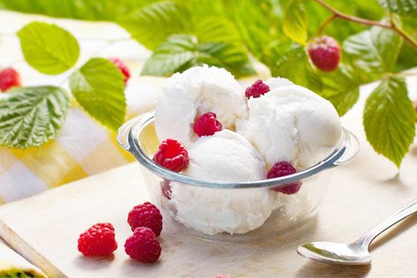 Whipping Cream là gì? Cách làm kem bằng Whipping cream cực ngon